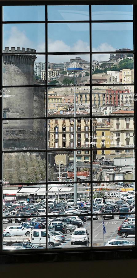 - NAPOLI 18 GIU  2014 -   Parcheggio Porto di Napoli