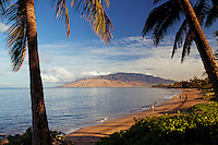 Warm, morning light at Kamaole Beach 1, Kihei, Maui. In the distance are the West Maui Mountains.