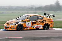 Round 2 of the 2005 British Touring Car Championship. #5. Matt Neal (GBR). Team Halfords. Honda Integra Type R.