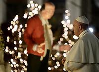 Papa Francesco omaggia il Presepe al termine dei Primi Vespri e Te Deum in ringraziamento per l'anno trascorso, in Piazza San Pietro, Citta' del Vaticano, 31 dicembre 2017.<br /> Pope Francis pays homage to the Nativity scene at the end of a new year's eve vespers Mass, in St. Peter's Square, at the Vatican 31 December 2017.<br /> UPDATE IMAGES PRESS/Isabella Bonotto<br /> <br /> STRICTLY ONLY FOR EDITORIAL USE