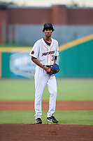 Bowling Green Hot Rods pitcher Resly Linares (30) gets ready to deliver a pitch during a game against the Peoria Chiefs on September 15, 2018 at Bowling Green Ballpark in Bowling Green, Kentucky.  Bowling Green defeated Peoria 6-1.  (Mike Janes/Four Seam Images)