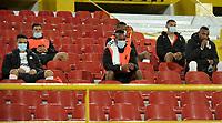 BOGOTA - COLOMBIA, 17-07-2021: Jugadores de Deportivo Cali durante partido de la fecha 1 entre Independiente Santa Fe y Deportivo Cali por la Liga BetPlay DIMAYOR II 2021, en el estadio Nemesio Camacho El Campin de la ciudad de Bogota. / Players of Deportivo Cali during a match of the 1st date between Independiente Santa Fe and Deportivo Cali, for the BetPlay DIMAYOR II 2021 League at the Nemesio Camacho El Campin Stadium in Bogota city. / Photo: VizzorImage / Luis Ramirez / Staff.