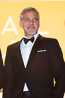 George Clooney - CANNES 2016 - DESCENTE DES MARCHES DU FILM 'MONEY MONSTER