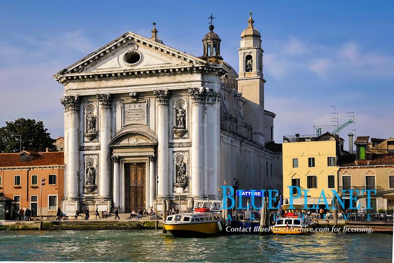 Church of I Gesuati in Zatteri, waterfront of the Venetian canal, Venice, Veneto, Italy