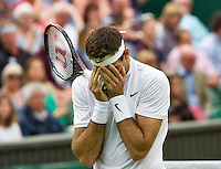 London, England, 01 July, 2016, Tennis, Wimbledon, Juan Martin Del Potro (ARG) reacts emotionaly in his match against Stanislas Wawrinka (SUI)<br /> Photo: Henk Koster/tennisimages.com