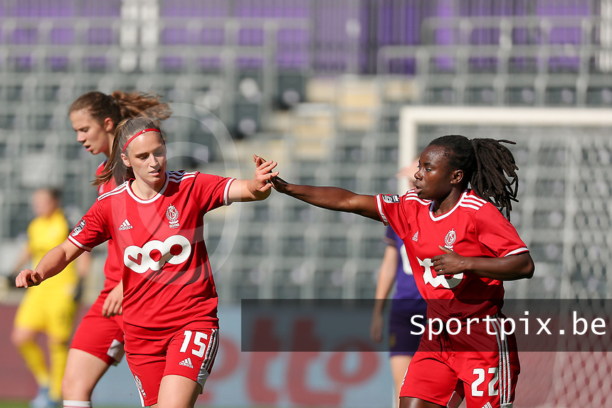 Elien Nelissen (15) of Standard celebrate with Welma Fon (22) of Standard during a female soccer game between RSC Anderlecht Dames and Standard Femina de Liege on the sixth matchday of the 2021 - 2022 season of Belgian Womens Super League , Saturday 9 th of October 2021  in Brussels , Belgium . PHOTO SPORTPIX | SEVIL OKTEM