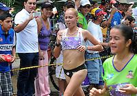 CALI -COLOMBIA- 05-05-2013. Con más de 6 mil deportista se realizo la 2 Carrera de la Mujer. La antioqueña Carolina Tabares del equipo Atletas con Porvenir se alzo con el triunfo de la 2 Edición de la Carrera de la Mujer en Cali con un tiempo de 41 minuto s38 seg en el recorrido de los 12 km..El segundo Lugar fue para la Valle Caucana  Bertha Sanchez. (Photo:VizzorImage/ Str)