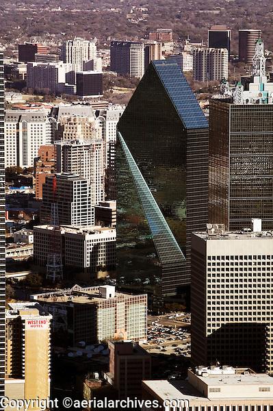aerial photograph of Fountain Place, Dallas Texas