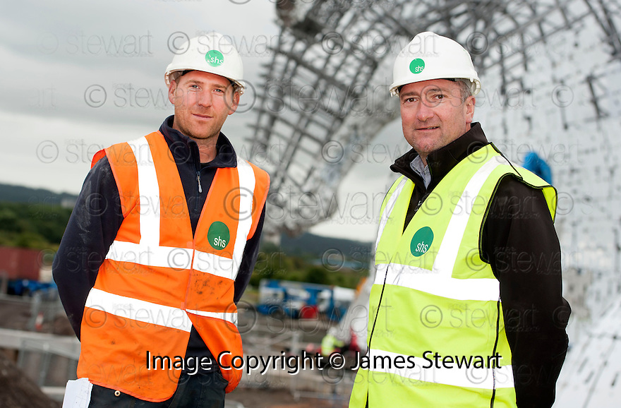 Neil Quinsee, Foreman, and Dave Perry, Contracts Manager, both of Shs Construction, at the Kelpie construction site.