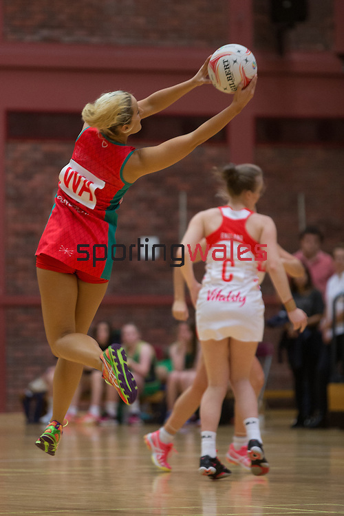 Netball World Youth Cup Qualifier 2016<br /> Wales v England<br /> 09.10.16<br /> Steve Pope ©Sportingwales