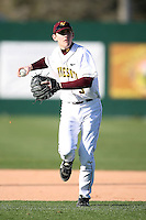 February 20, 2009:  Second baseman Troy Larson (3) of the University of Minnesota during the Big East-Big Ten Challenge at Jack Russell Stadium in Clearwater, FL.  Photo by:  Mike Janes/Four Seam Images