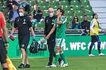 19.09.2020, wohninvest Weserstadion, Bremen, GER,  SV Werder Bremen vs Hertha BSC Berlin, <br /> <br /> <br />  im Bild<br /> <br /> Adis Lovic (Physiotherapeut SV Werder Bremen) bringt Yuya Osako (Werder Bremen #08) nach einer Behandlung vom PLatz Verletzung / verletzt / Schmerzen<br /> <br /> Foto © nordphoto / Kokenge<br /> <br /> DFL regulations prohibit any use of photographs as image sequences and/or quasi-video.