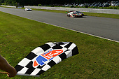 #9 PFAFF Motorsports Porsche 911 GT3 R, GTD: Dennis Olsen, Zacharie Robichon, #86 Meyer Shank Racing w/ Curb-Agajanian Acura NSX GT3, GTD: Mario Farnbacher, Trent Hindman