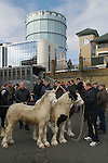 London Cob Horse dealers 'back end day'  sale outside the Flanagans Arms pub.  Its the last day of trading in the year. Battersea London UK 2010