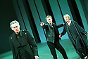 Christopher Good,Samuel West,Marty Cruikshank  in Hamlet RSC, opens at the Royal Shakespeare Theatre on 2/5/01  Pic Geraint Lewis