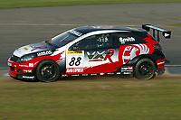 Round 1 of the 2005 British Touring Car Championship. #88. Gavin Smith (IRL). VX Racing. Vauxhall Astra Sport Hatch.