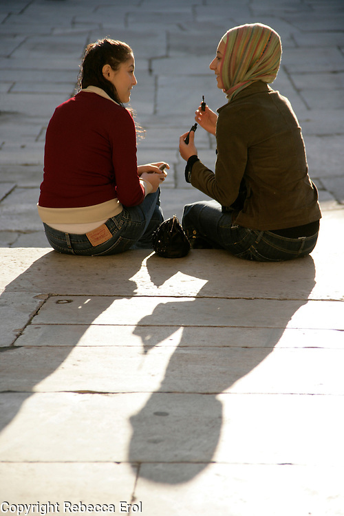 TEENAGE GIRLS, ISTANBUL, TURKEY