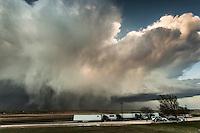 Supercell thunderstorm above a roadside rest stop in Nebraska, May 19, 2014