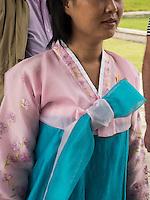Frau in koreanischer Tracht,  Nordkorea, Asien<br /> Woman in Korean Costume, North Korea, Asia