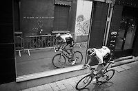 Sep Vanmarcke (BEL/LottoNL-Jumbo) & his twin rolling side by side<br /> <br /> Post-Tour Criterium Mechelen (Belgium) 2016