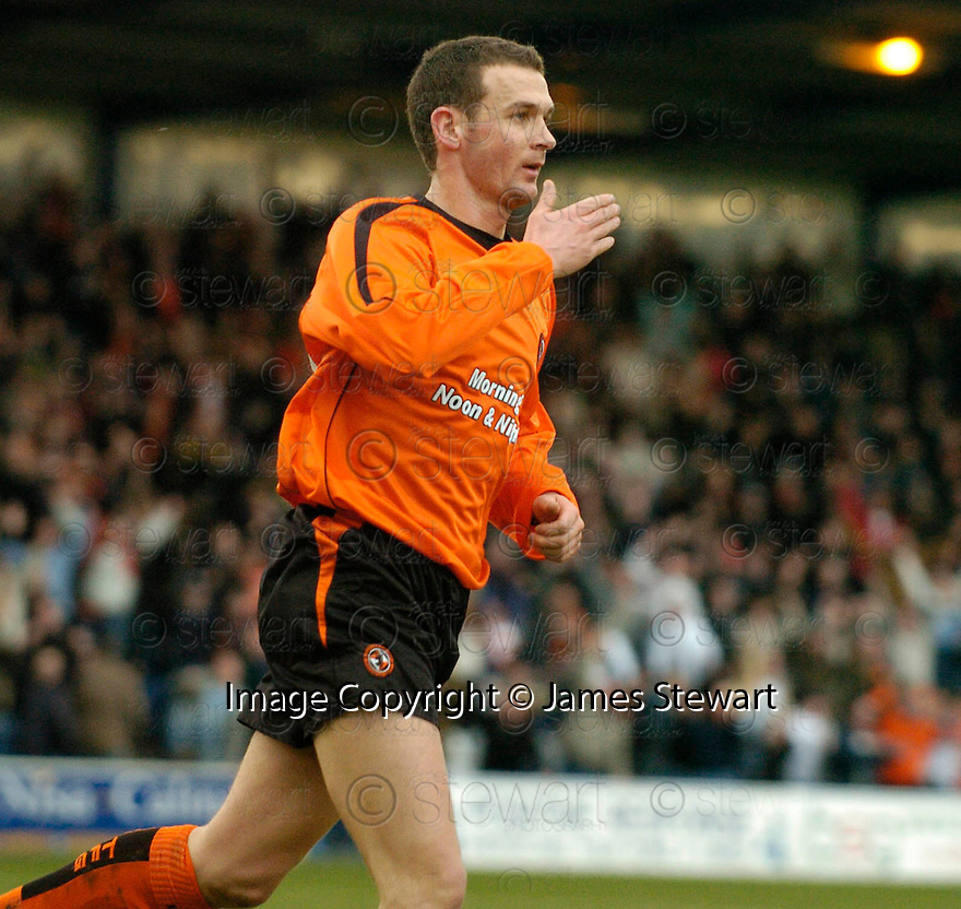 05/02/2005  Copyright Pic : James Stewart.File Name : jspa11_qots_v_dundee_utd.JIM MCINTYRE CELEBRATES AFTER HE SCORES THE FIRST...Payments to :.James Stewart Photo Agency 19 Carronlea Drive, Falkirk. FK2 8DN      Vat Reg No. 607 6932 25.Office     : +44 (0)1324 570906     .Mobile   : +44 (0)7721 416997.Fax         : +44 (0)1324 570906.E-mail  :  jim@jspa.co.uk.If you require further information then contact Jim Stewart on any of the numbers above.........A