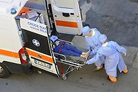 - Epidemia di Coronavirus, ricovero di un paziente<br /> <br /> - Coronavirus epidemic, hospitalization of a sick person