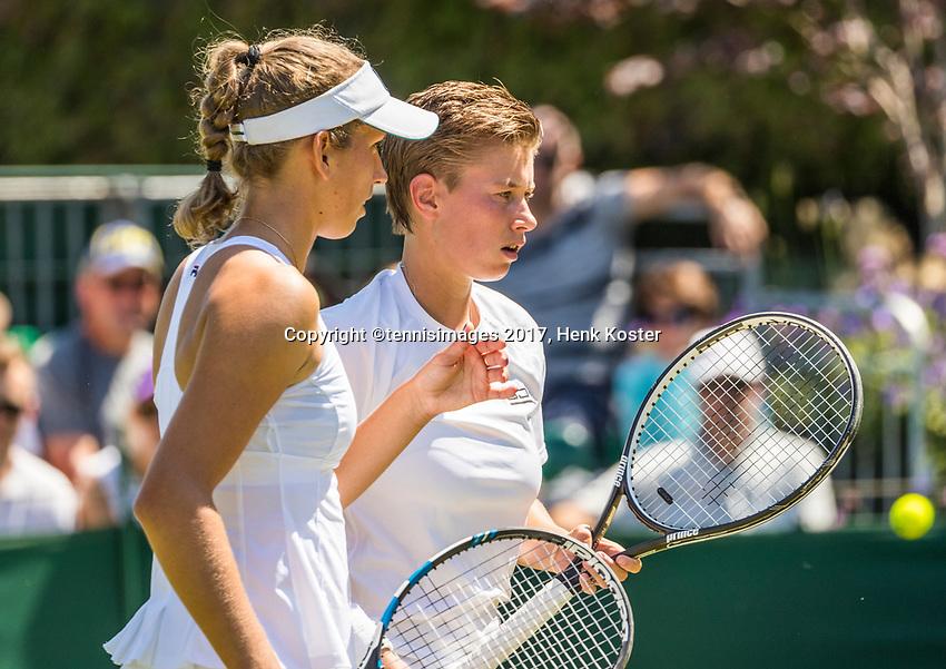 London, England, 5 th July, 2017, Tennis,  Wimbledon, Womens doubles: Demi Schuurs (NED) (R) / Elise Mertens (BEL)<br /> Photo: Henk Koster/tennisimages.com