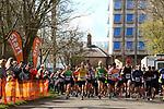 2019-03-17 Leicester 10k 02 BLu Start