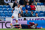 Lucas Vazquez (l) of Real Madrid fights for the ball with Anaitz Arbilla Zabala of SD Eibar during the La Liga 2017-18 match between Real Madrid and SD Eibar at Estadio Santiago Bernabeu on 22 October 2017 in Madrid, Spain. Photo by Diego Gonzalez / Power Sport Images