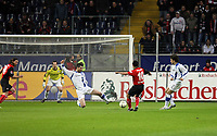 Markus Weissenberger (Eintracht) zieht ab<br /> Eintracht Frankfurt vs. Arminia Bielefeld, Commerzbank Arena<br /> *** Local Caption *** Foto ist honorarpflichtig! zzgl. gesetzl. MwSt. Auf Anfrage in hoeherer Qualitaet/Aufloesung. Belegexemplar an: Marc Schueler, Am Ziegelfalltor 4, 64625 Bensheim, Tel. +49 (0) 6251 86 96 134, www.gameday-mediaservices.de. Email: marc.schueler@gameday-mediaservices.de, Bankverbindung: Volksbank Bergstrasse, Kto.: 151297, BLZ: 50960101