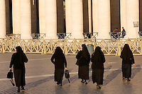 Suore in piazza San Pietro, Citta' del Vaticano, 19 novembre 2015.<br /> Nuns walk in St. Peter's Square, at the Vatican, 19 November 2015.<br /> UPDATE IMAGES PRESS/Riccardo De Luca<br /> <br /> STRICTLY ONLY FOR EDITORIAL USE