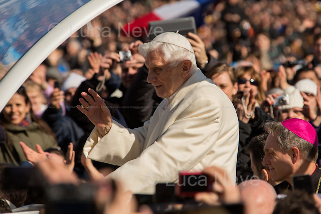 """The Pope Emeritus.<br /> <br /> For more pictures on this event click here: <a href= """" http://bit.ly/XN8hDK""""> http://bit.ly/XN8hDK</a>"""