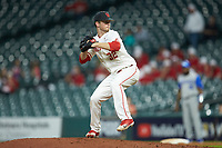 Houston Cougars relief pitcher Trevis Sundgren (32) in action against the Kentucky Wildcats in game two of the 2018 Shriners Hospitals for Children College Classic at Minute Maid Park on March 2, 2018 in Houston, Texas.  The Wildcats defeated the Cougars 14-2 in 7 innings.   (Brian Westerholt/Four Seam Images)