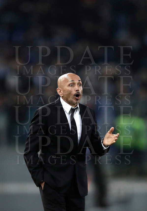 Calcio, Serie A: Roma, stadio Olimpico, 1marzo 2017.<br /> Roma's coach Luciano Spalletti gestures during the Italian TIM Cup 1st leg semifinal football match between Lazio and AS Roma at Rome's Olympic stadium, on March 1, 2017.<br /> UPDATE IMAGES PRESS/Isabella Bonotto