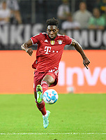 Alphonso DAVIES (M) action, soccer 1st Bundesliga, 1st matchday, Borussia Monchengladbach (MG) - FC Bayern Munich (M) 1: 1, on August 13th, 2021 in Borussia Monchengladbach / Germany. #DFL regulations prohibit any use of photographs as image sequences and / or quasi-video # Â