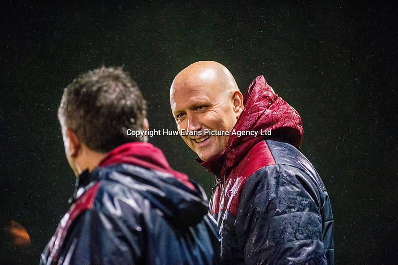 18.11.17 - Burnley FC v Swansea City - Premier League -