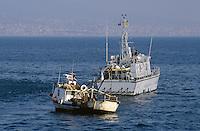 """- Financial police, a """"Bigliani"""" class patrol boat controls a fishing vessel<br /> <br /> - Guardia di Finanza, motovedetta classe """"Bigliani"""" controlla un peschereccio"""