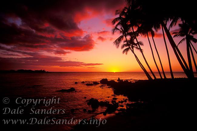 Sunset at Mahai'ula beach on the Kona Coast of the Big Island of Hawaii, USA.