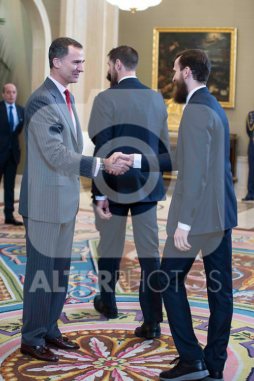 King Felipe VI of Spain Sergio Rodriguez during audience to the champion  of the 80th edition of the cup of your R.M. The King, Real Madrid Basketball at Zarzuela Palace in Madrid. February 25, 2016 (ALTERPHOTOS/BorjaB.Hojas)