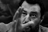 Salvini in conferenza stampa sulla manovra economica