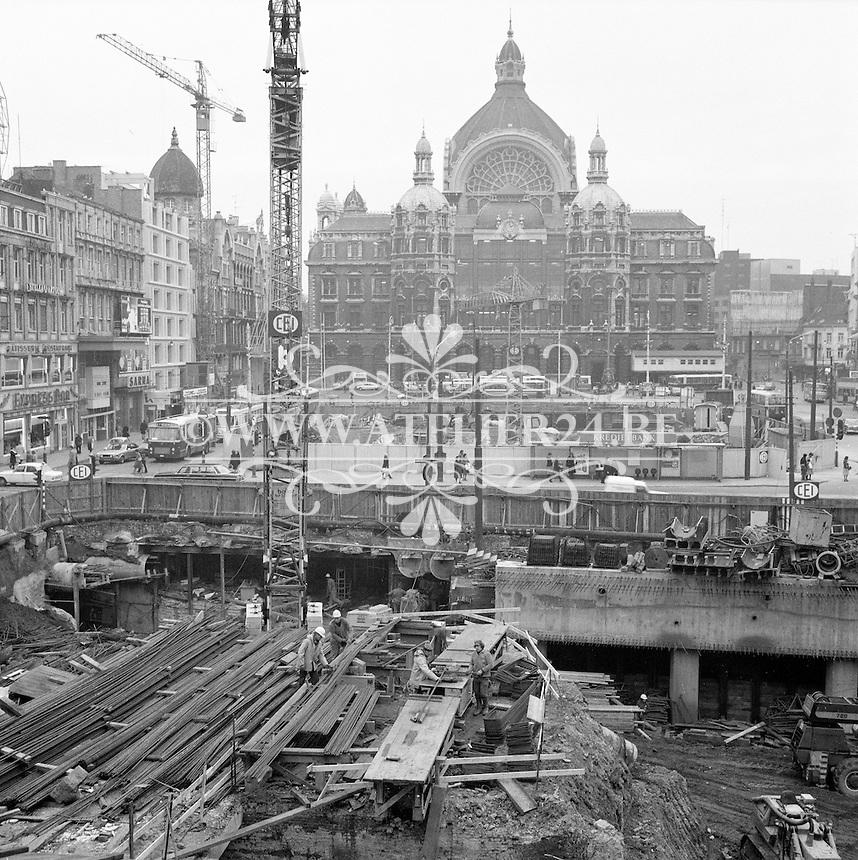 November 1977. Centraal Station aan het Koningin Astridplein in Antwerpen.