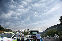 some very rare mammatus clouds formed rightly above the feedzone; a spectacular sight<br /> <br /> stage 14: Rodez - Mende (178km)<br /> 2015 Tour de France