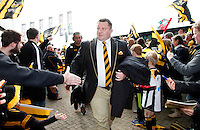 Photo: Richard Lane/Richard Lane Photography. Wasps v Leicester Tigers. Aviva Premiership. 12/03/2016. Wasps' Dai Young is welcome by the supporters.