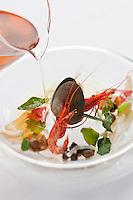 Europe/France/Bretagne/35/Ille et Vilaine/env de Cancale/ St-Méloir-des-Ondes: Bouillon d'Estran, recette d'Olivier Roellinger au restaurant: Le Coquillage à Château Richeux