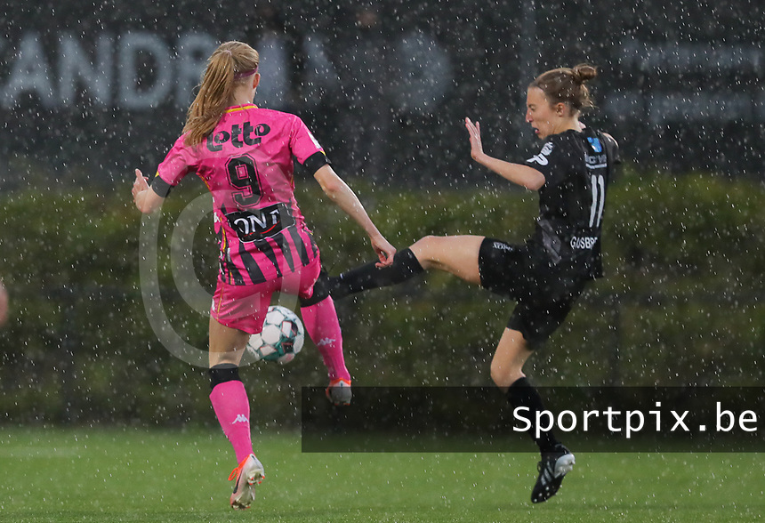 Ludmila Matavkova (9) of Charleroi and Selina Gijsbrechts (11) of Woluwe  pictured during a female soccer game between Sporting Charleroi and White Star Woluwe on the 7 th matchday in play off 2 of the 2020 - 2021 season of Belgian Scooore Womens Super League , friday 14 th of May 2021  in Marcinelle , Belgium . PHOTO SPORTPIX.BE | SPP | Sevil Oktem