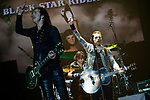 © Joel Goodman - 07973 332324 . 15/12/2015 . Manchester , UK . ROBBIE CRANE and RICKY WARWICK . Black Star Riders perform at the Manchester Arena . Photo credit : Joel Goodman