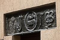 Europe/France/Provence-Alpes-Côtes d'Azur/06/Alpes-Maritimes/Alpes-Maritimes/Arrière Pays Niçois/La Brigue: Détail linteau de porte en schiste vert de la Roya
