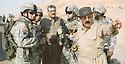 Iraq 2008 .Right, Mahmoud Sangawy, chief of peshmergas in Khanakin, with American soldiers  .Irak 2008 .A droite, Mahmoud Sangawy, chef des peshmergas dans la region de Khanakin avec des soldats americains