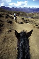 AFRICA DEL SUD - LESOTHO - montagne di Maluti Sudafrica  Afrique du Sud South Africa passeggiata a cavallo