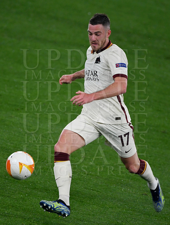 Football: Europa League - quarter final 2nd leg AS Roma vs Ajax, Olympic Stadium. Rome, Italy, March 15, 2021.<br /> Roma's Jordan Veretout in action during the Europa League football match between Roma at Rome's Olympic stadium, Rome, on April 15, 2021.  <br /> UPDATE IMAGES PRESS/Isabella Bonotto